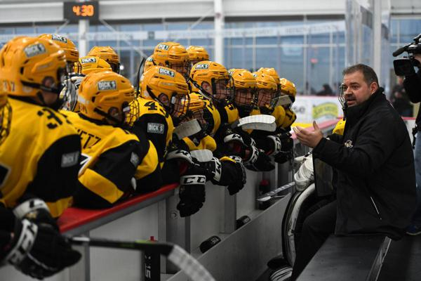 The Penguins Elite and Cleveland Jr. Barons faced off at UPMC on Saturday  night. -- BRIAN MITCHELL