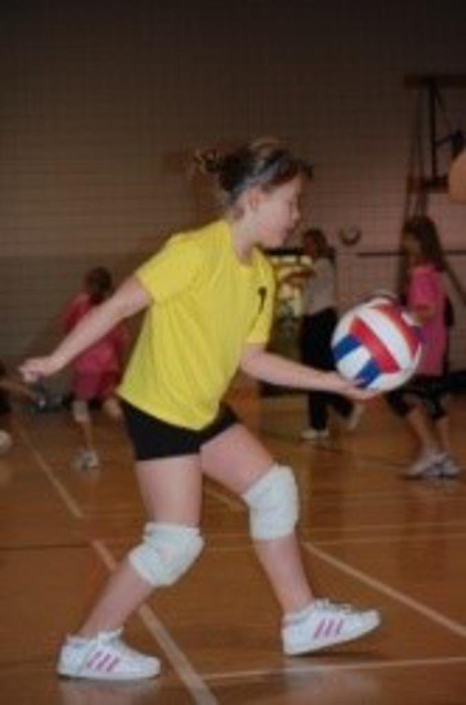 Mini Volleyball serve