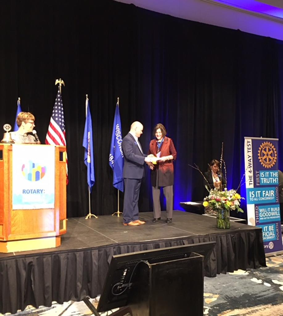 Lake Elmo Rotary receives Community Service Award