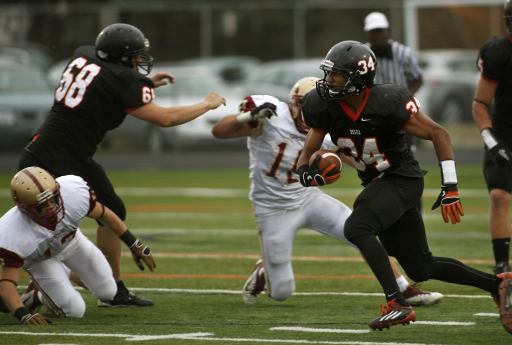 Osseo RB leads without ball, too