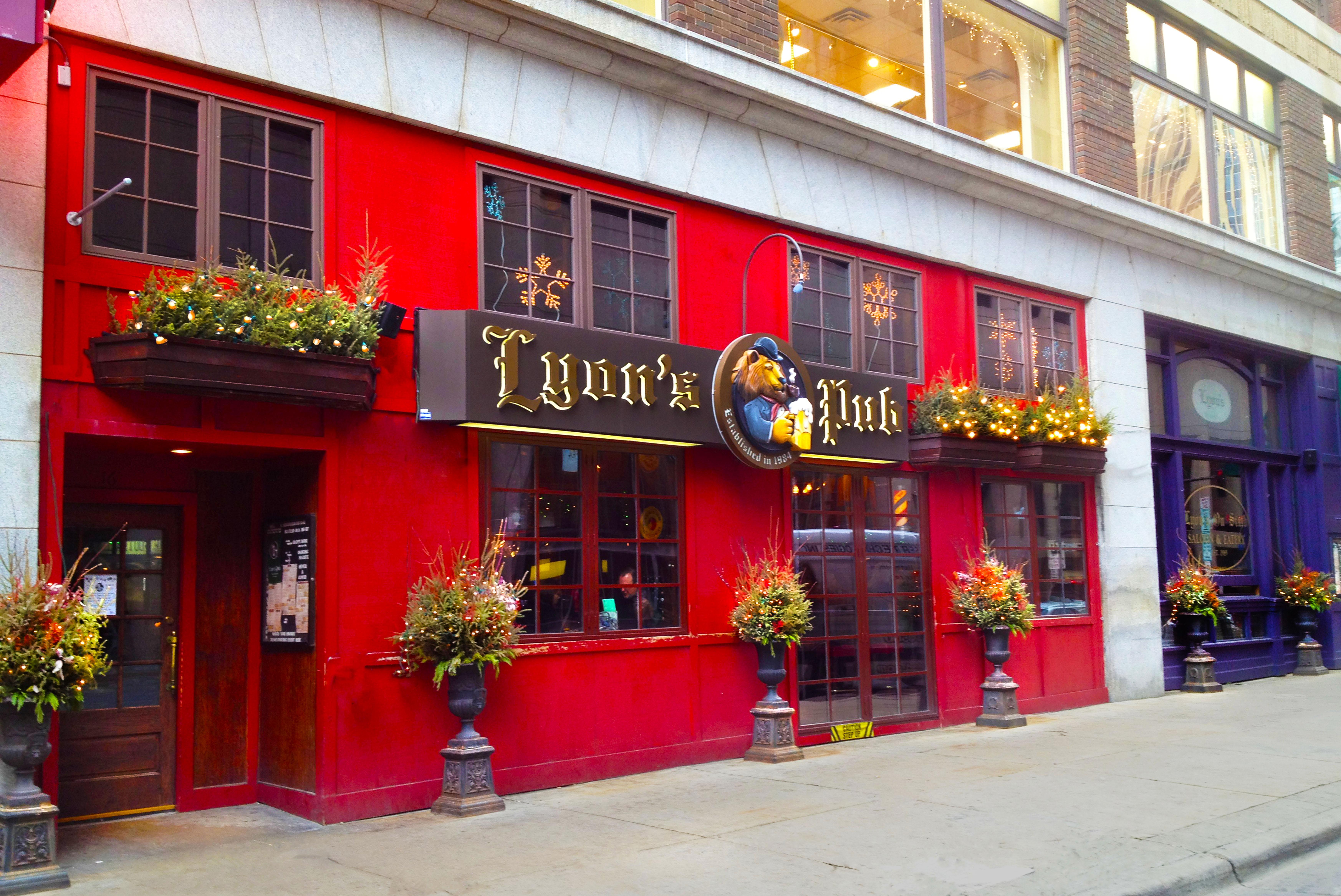 Lyon's Pub Minneapolis