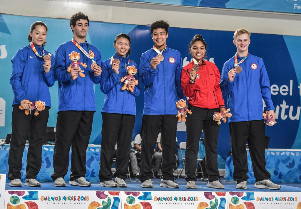 U S Fencers Win Youth Olympic Team Bronze