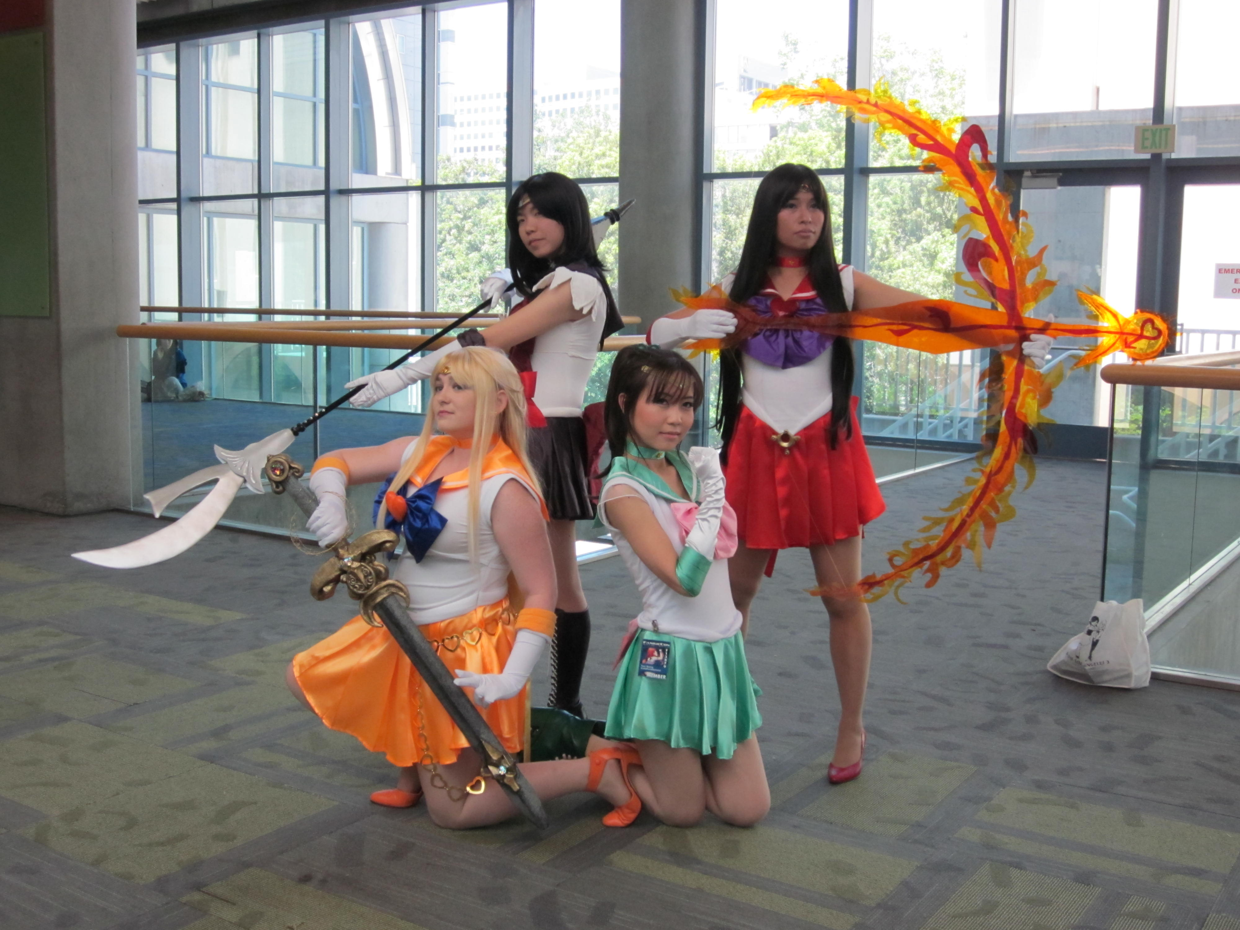 the world of cosplay essay This paper will be discussing the cosplay, or costume play, subculture in this paper,  the world of cosplay essay the world of cosplay.