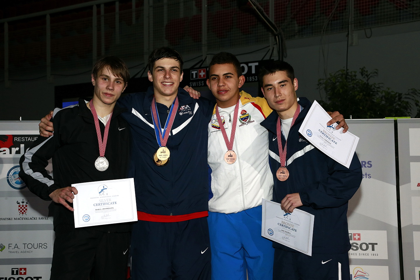 Ariel Simmons Wins First Cadet Men S Epee World Title For