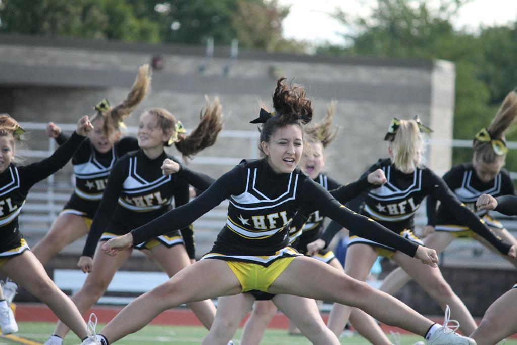 9/8/13 @HFL vs. Pittsford | Photos | Honeoye Falls-Lima Cougars Youth Football & Cheerleading