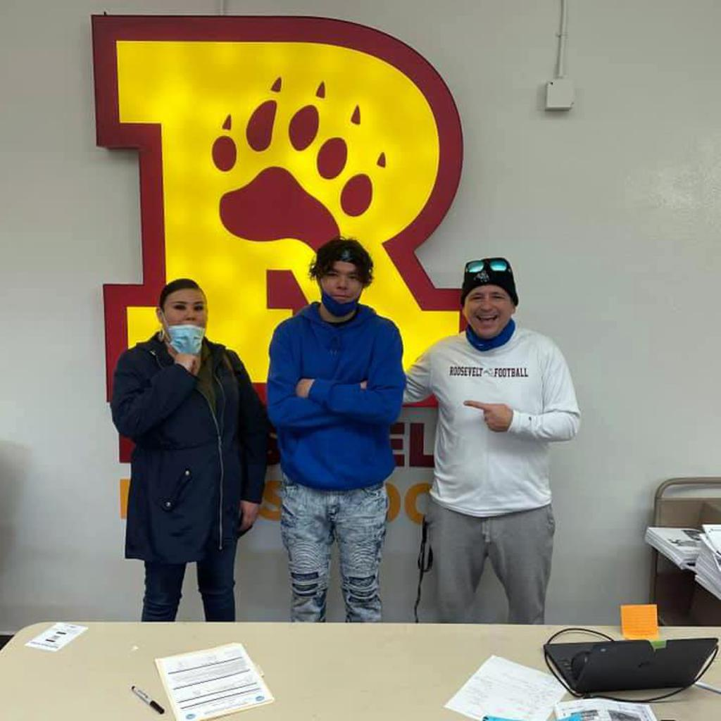 """Devan posing with his Mom and Roosevelt Head Coach. Minneapolis Roosevelt High School in South Minneapolis. Named after Theodore """"Teddy"""" Roosevelt.  #TeddyNation #TheVeltMpls #WeAreRoosevelt"""