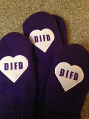 DIFD MITTENS - $15