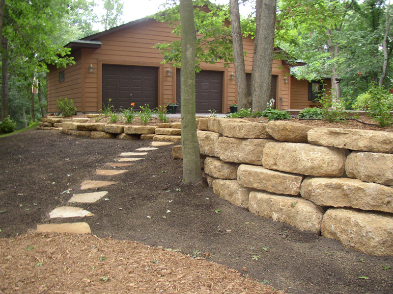 Mississauga Landscaping Company - Brock's Landscaping - 905.822.3131Mississauga Retaining Walls by Brock's Landscape - 905.822.3131Mississauga Retaining Walls by Brock's Landscape - 905.822.3131