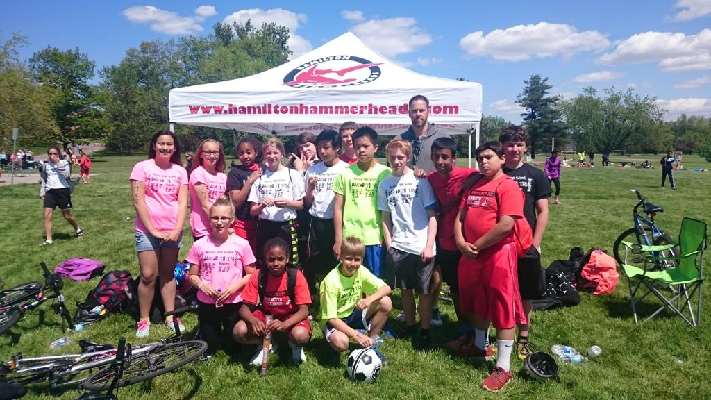This year the Hamilton Hammerheads received a small Pan Am Initiatives grant to assist the students at Bennetto Elementary school prepare and participate at the Ancaster High School Triathlon. Our coaches worked with them in the pool, on the cycle and on