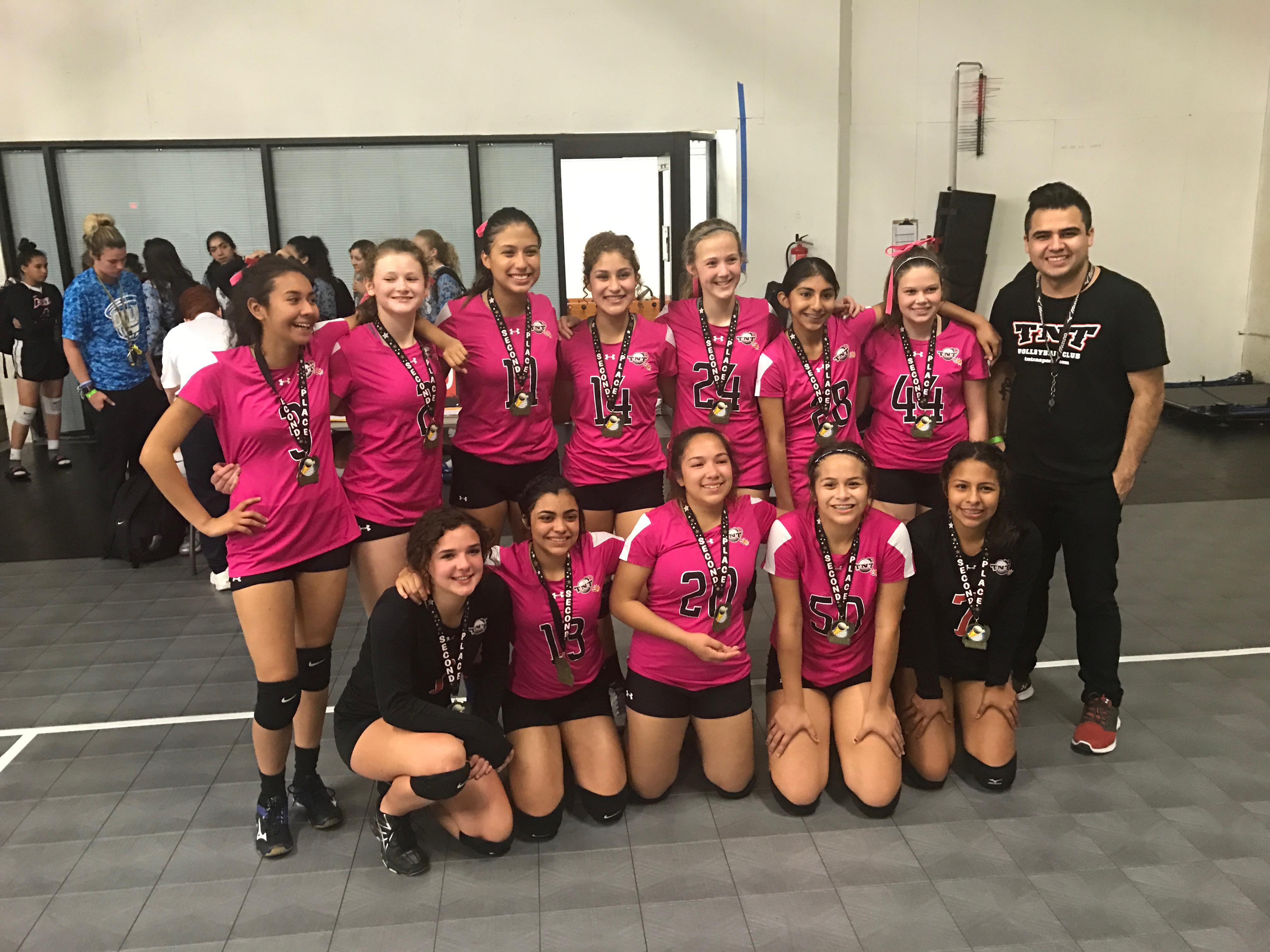 14 Red Wins Silver at the IH 35 Gold Bracket