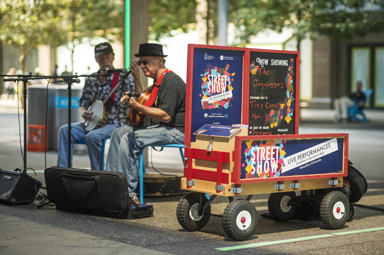 Minneapolis DID Street Show Performance