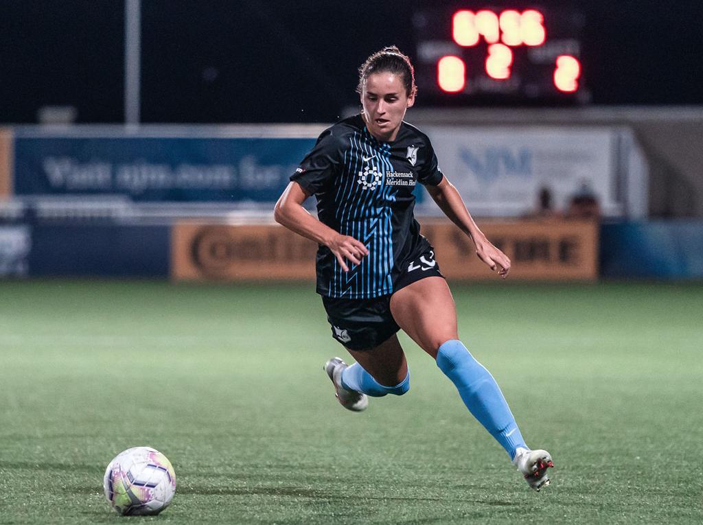 Evelyn Viens Forward for Gotham FC