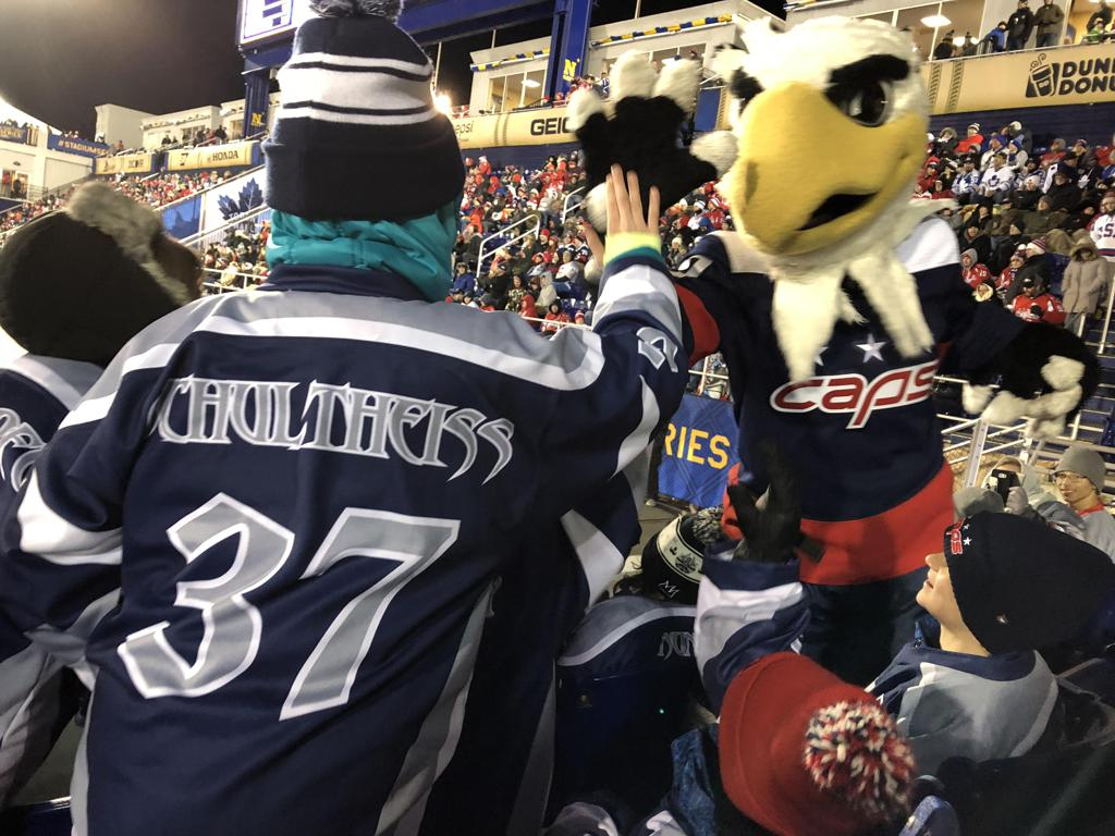 NHL invites Titans to see the Caps