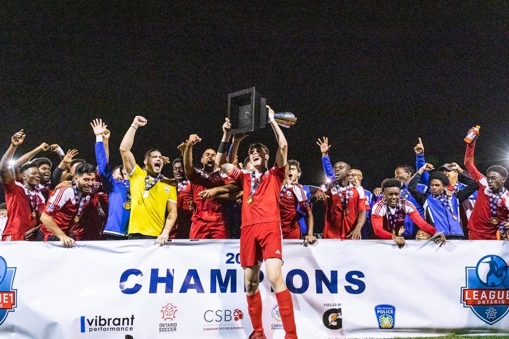 Master's FA winning the 2019 League1 Ontario title. (League1 Ontario/Kevin Raposo Photography)