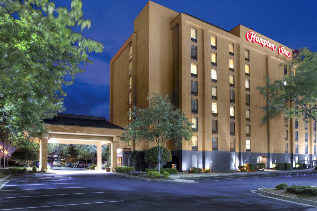 Hampton Inn Atlanta-Perimeter Center - from $118 for QQ or K