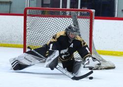 Vail junior goalie Logan Gremmer. Photo by Katie Hinkle